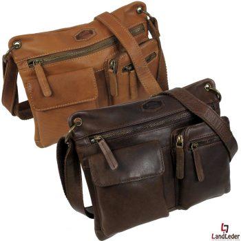 1695-24-landleder-schultertasche-umhaengetasche-damen-casualbag-echt-leder-pinch-of-wax-Geldbörse-Portemanier-Ledertasche-Das-Einrichtungshaus-xxs-Willich-Krefeldsualbag mit Reißverschluss-Sicherung, zwei aufgesetzten Vortaschen, eine mit Magnetverschluss, die andere mit Reißverschluss, Reißverschluss Innenfach, Reißverschluss Rückenfach, Rücken-Steckfach. Schultergurt aus reißfestem Cotton Webbing mit Lederbesatz. Hochwertige YKK Metallreißverschlüsse, Landleder Polyester Innenfutter. Metallteile antik bronze. Die robuste, strapazierfähige Tasche wird aus naturbelassenem, gewachsten Pullup Vollrindleder hergestellt. Durch den Anschliff des Leders und anschließendem Wachsen entsteht eine weiche, natürliche Oberfläche mit leichtem two-tone Effekt. Wie bei allen Fettledern entstehen durch normalen Gebrauch Spuren, die den einzigartigen Charakter und das individuelle Aussehen des Produktes ausmachen. Die Schultertasche gibt es in verschiedenen Farben: hellbraun und dunkelbraun. Das verwendete Material besteht aus naturbelassenem, gewachsten Pull-Up Vollrindleder. Geprägt mit AUTHENTIC LANDLEDER Schriftzug. Schön und praktisch wiegt die Ledertasche ca. 545 g. Die Umhängetasche für Damen ist (BxHxT) 28x23x6 cm groß und bestens geeignet für das Büro oder für den Stadtbummel.